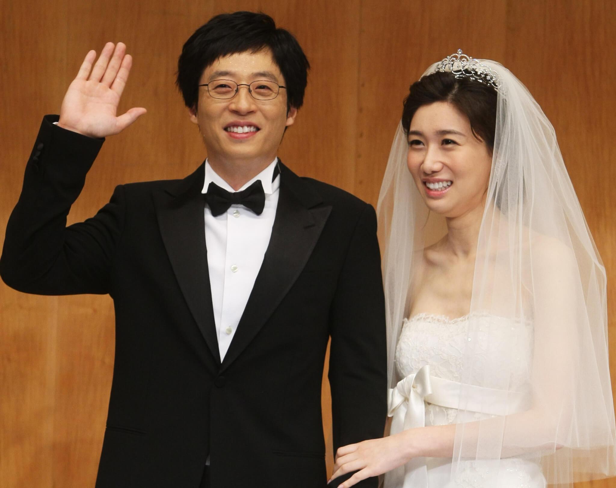 劉在錫與美女主播羅京恩結婚,成為當年娛樂圈佳話。