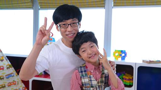 別被相片騙到,照片中的小朋友其實是綜藝節目小演員。劉在錫一直以來堅持保護兒子,不肯讓他曝光於人前。
