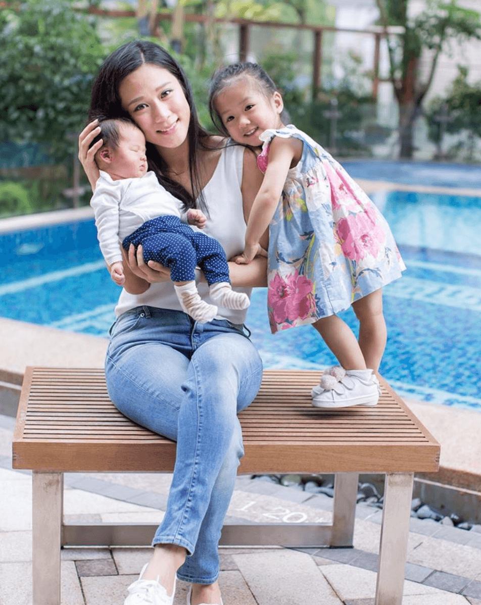 張嘉兒與兩名女兒Leora和Hannah