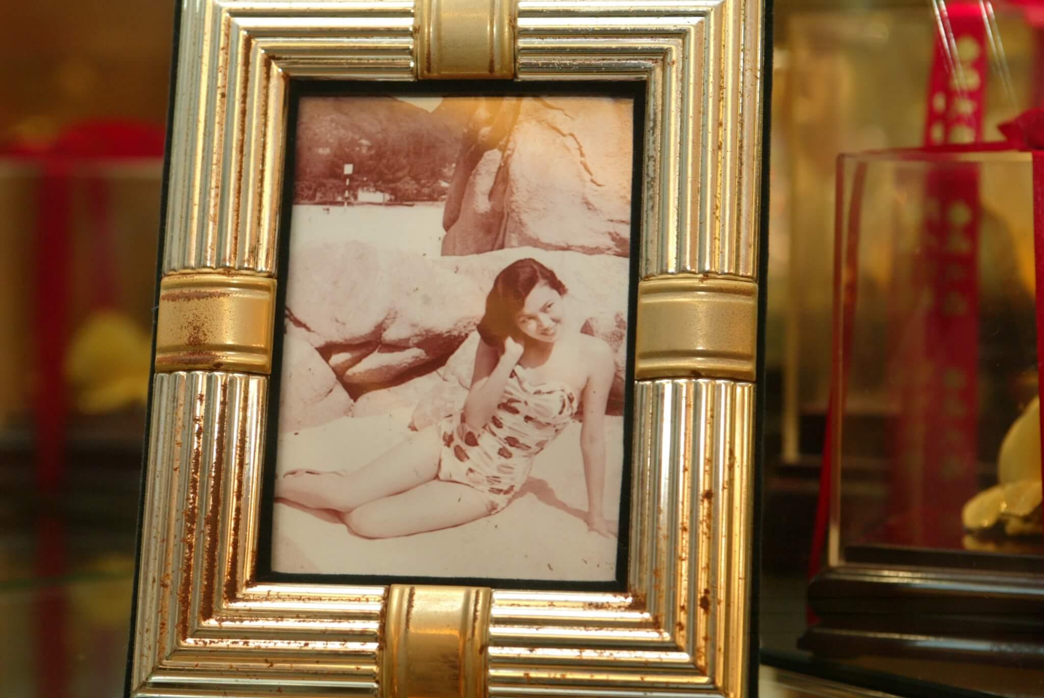 粵語片時代,琴姐是性感尤物,當然有不少珍貴泳衣照。
