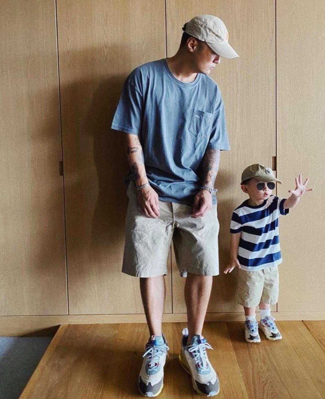 早前,余文樂穿上了同一鞋款與Cody合照。