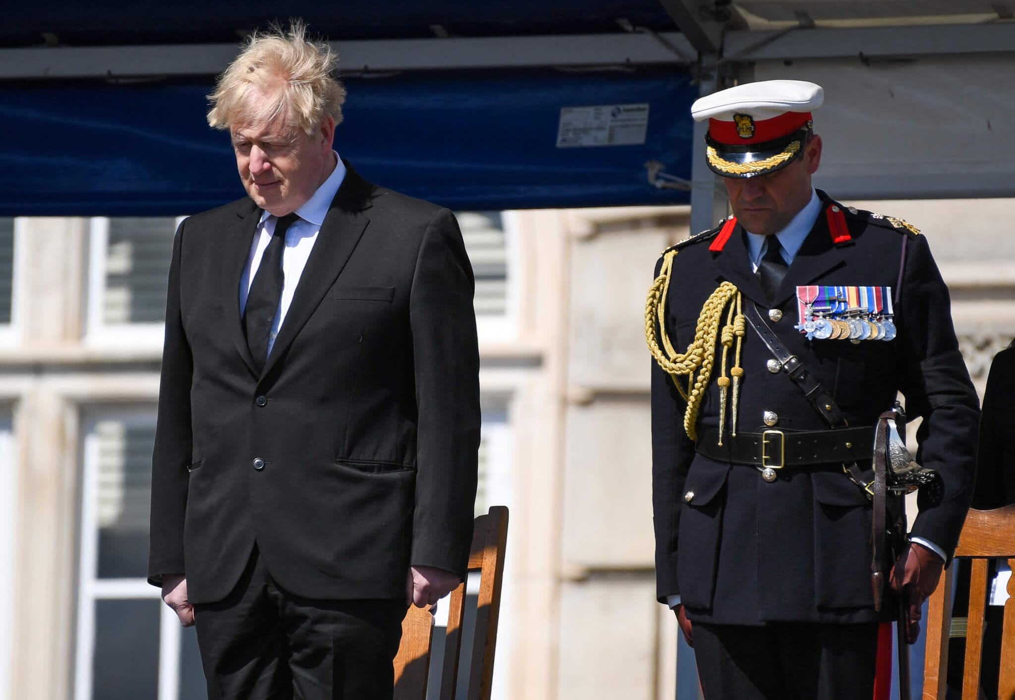 英國首相約翰遜(Boris Johnson)早前已表明不會出席喪禮,讓菲臘親王的親屬可出席。