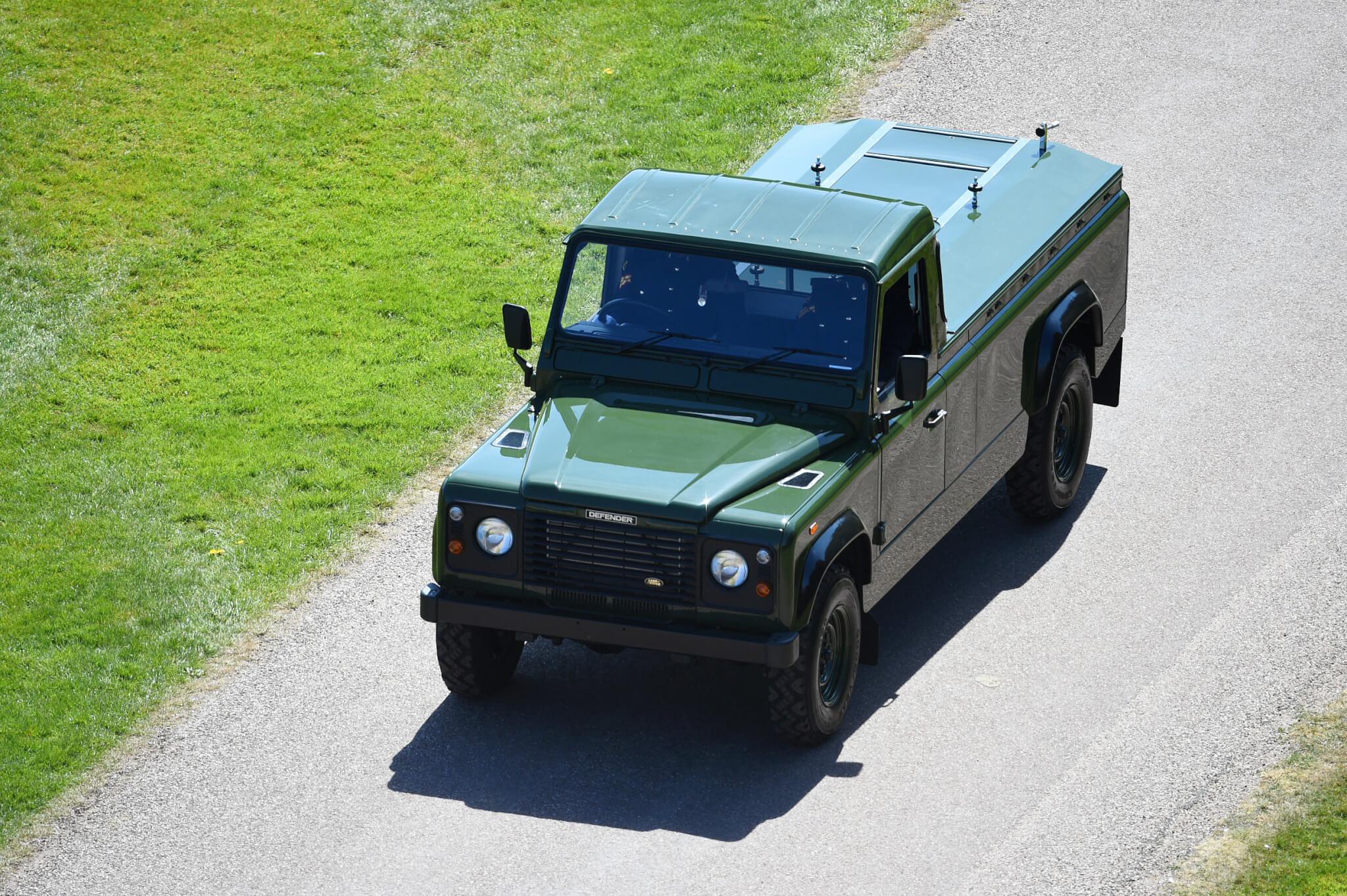 菲臘親王親自設計的越野路華(Land Rover)汽車