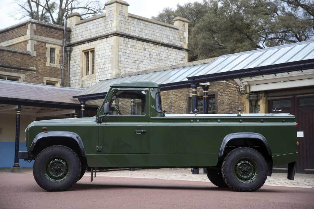 菲臘親王親自設計的一架越野路華(Land Rover)