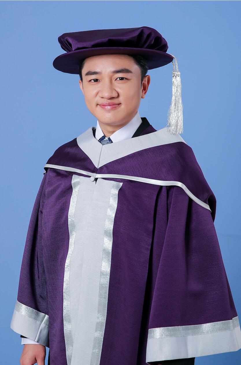 香港演藝學院榮譽院士王祖藍