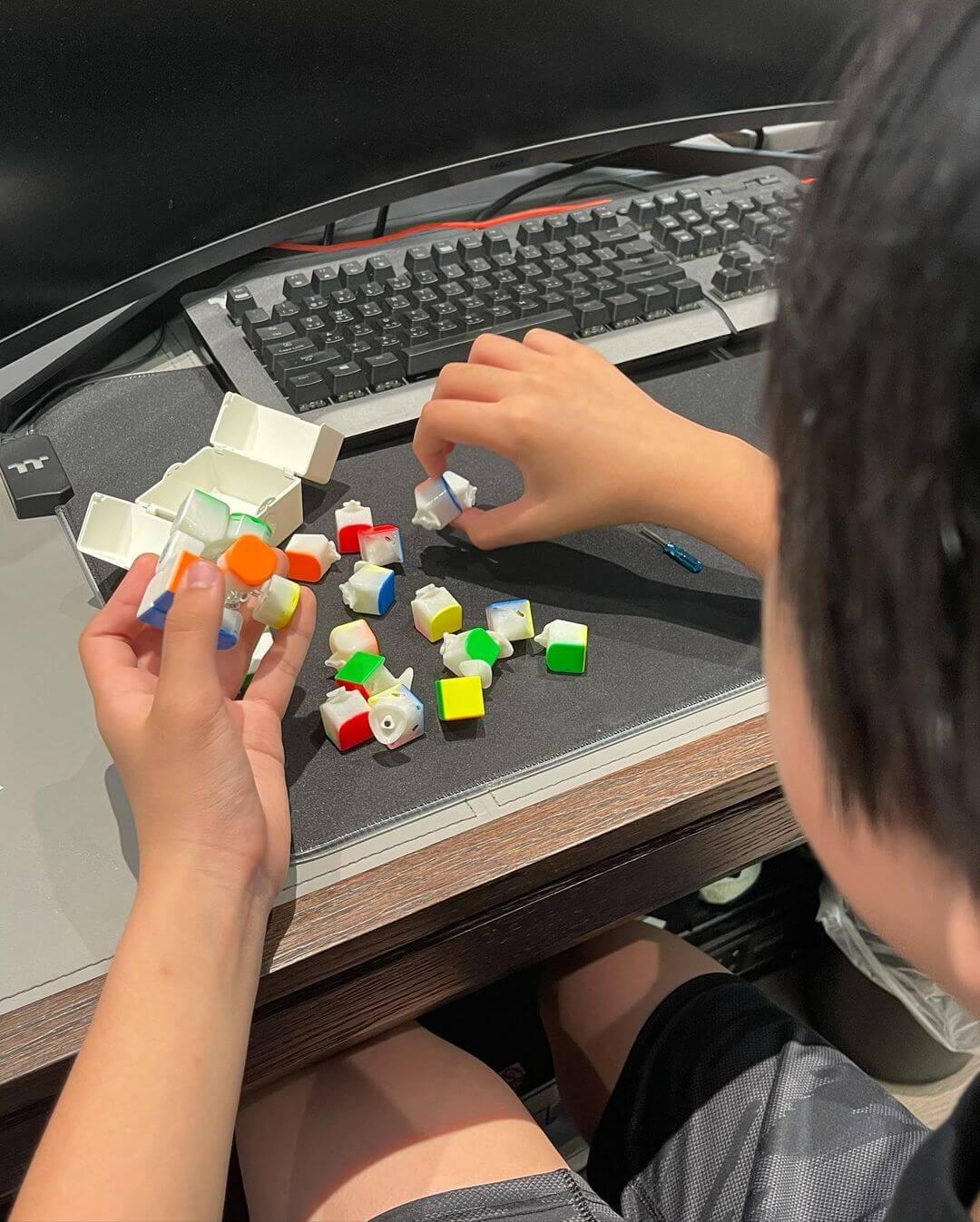 Kimi幫忙清潔扭計骰