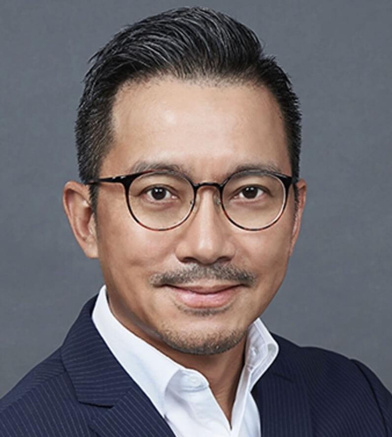 Chantel爸爸姚輝文,保養好到唔似53歲