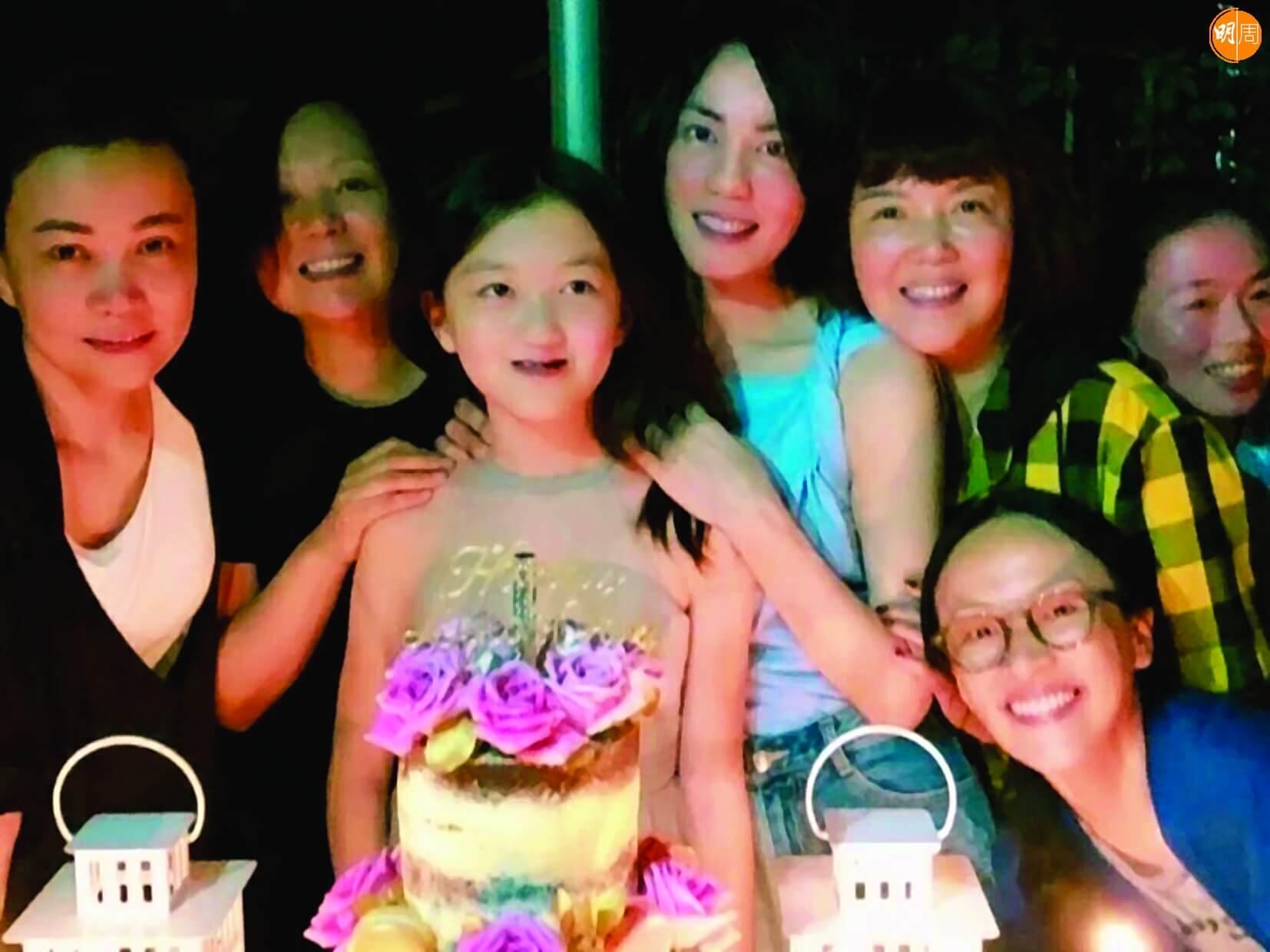王菲與女兒